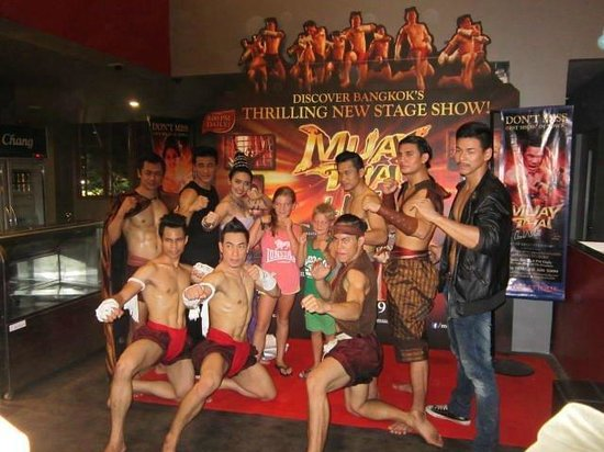 ‪Muay Thai Live - The Legend Lives‬
