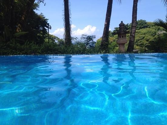 Hotel Cuna del Angel: vista da piscina