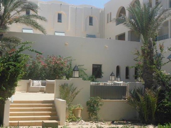 Radisson Blu Ulysse Resort & Thalasso Djerba: Sallon de jardin