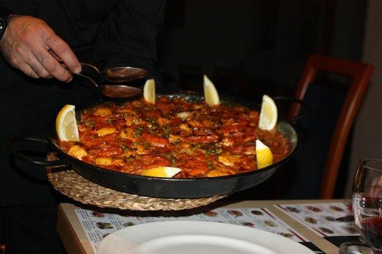 Paella del Arte: Fresh paella!