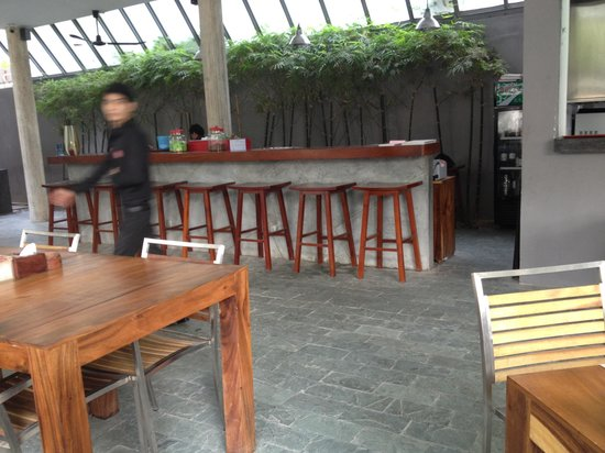 Rambutan Resort - Phnom Penh : Bar/restaurant