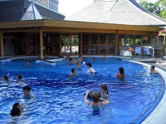 Danubius Health Spa Resort Heviz: outside pool