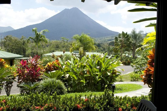 Arenal Manoa Hotel : The view from our room - WOW!
