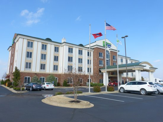 Holiday Inn Express Hotel & Suites Millington-Memphis Area: Exterior
