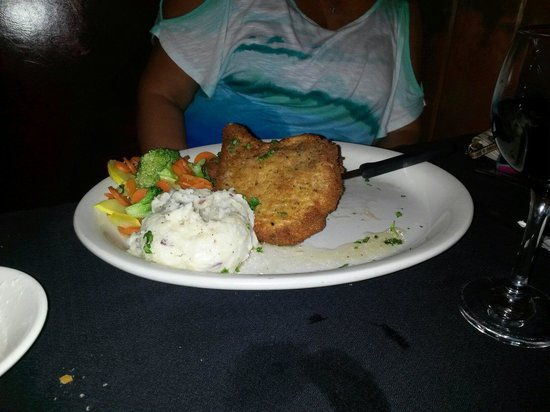 Lisa's Cafe of Madeira: Fried Pork Chop