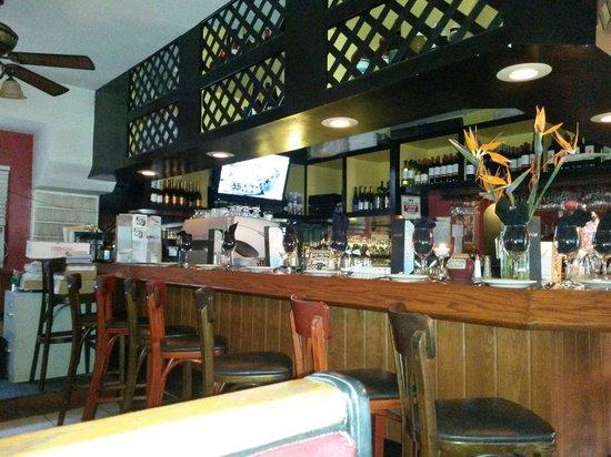 Lisa's Cafe of Madeira : Bar