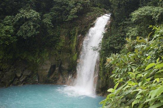 Canoa Aventura: The gorgeous waterfall