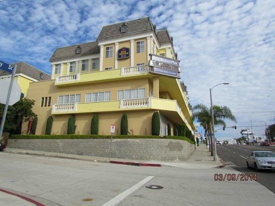 Best Western Plus San Pedro Hotel & Suites: the hill is not as steep as it looks