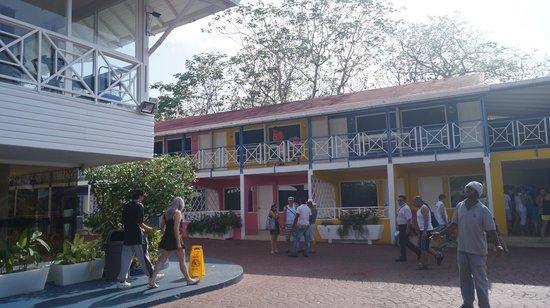 Hotel Blue Cove: Habitaciones Viejas