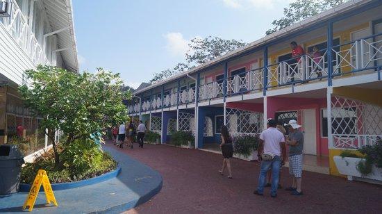 Hotel Blue Cove: Habitaciones Antiguas