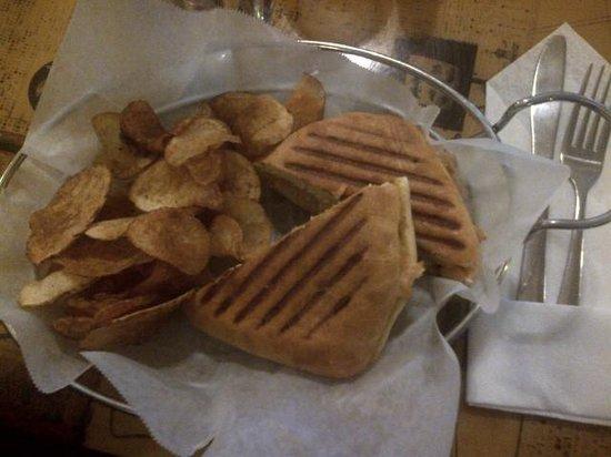 Green Leaf Grill : BBQ Turkey Panini