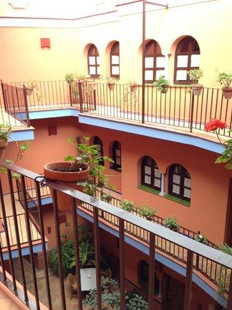 Hotel Patio de la Alameda: hotel