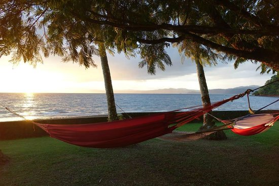 Saladero Eco Lodge: Hammocking...