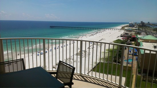 Hilton Pensacola Beach: View from our balcony