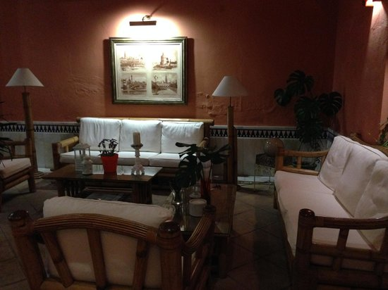 PV-Holidays Residence Patio de la Alameda : sala de espera