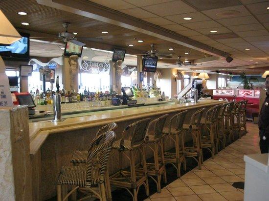 Schooners bar