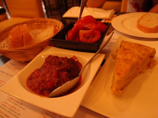 Tapas Cafe : right portion