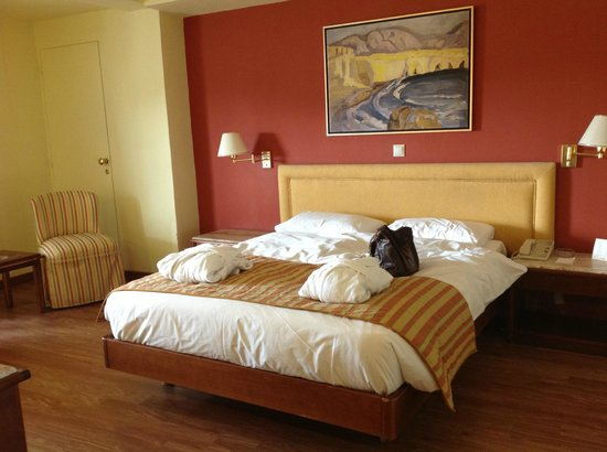 Titania Hotel: Habitación confortable