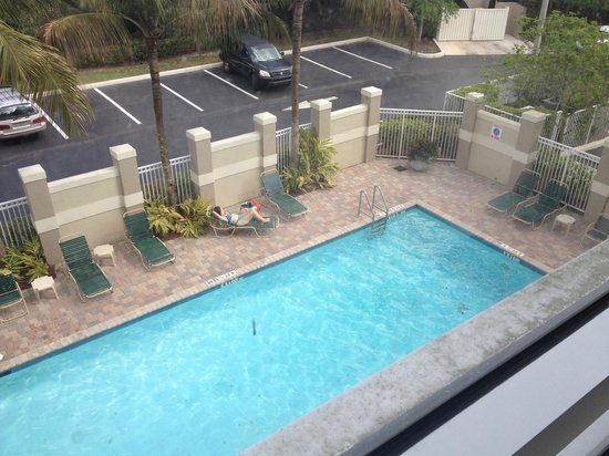 Comfort Suites Weston  - Sawgrass Mills South: Piscina