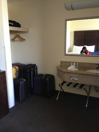 Comfort Suites Weston  - Sawgrass Mills South: Lugar de almacenamiento