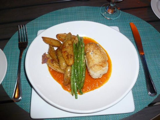 Caribbean Fish Market: Crab stuffed red snapper