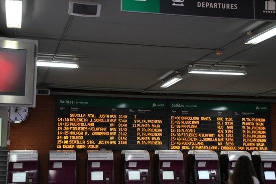 Estación de Atocha: 時刻表