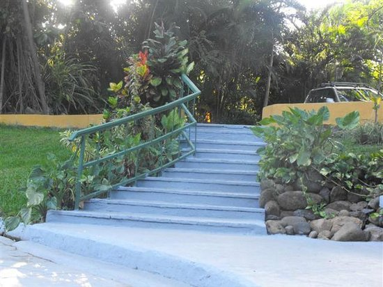 Hotel Trapp Family Country Inn: Staircase leading to the pool