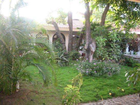 Hotel Flor de Sarta: Lush