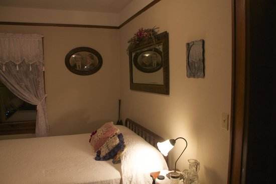 Triangle Ranch Bed & Breakfast: Bedroom