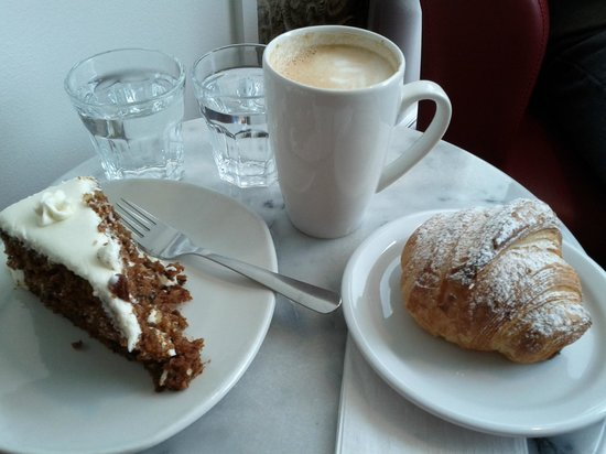 Miss Lily's Cafe: Carrot cake, almond croissant (both made on-site) and good latte