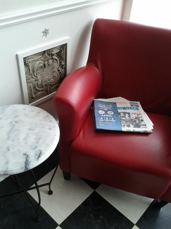 Miss Lily's Cafe : Comfie front window chair for reading and people-watching