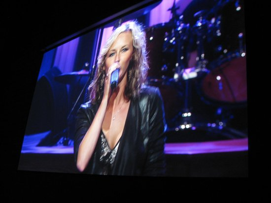 The Grand Ole Opry: Alison Crouch at Grand Ole Opry