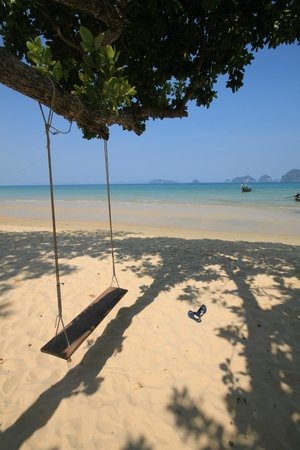 Anyavee Tubkaek Beach Resort: ชายหาด