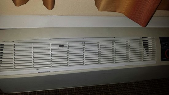 The Grand Hotel at the Grand Canyon: Room air conditioner