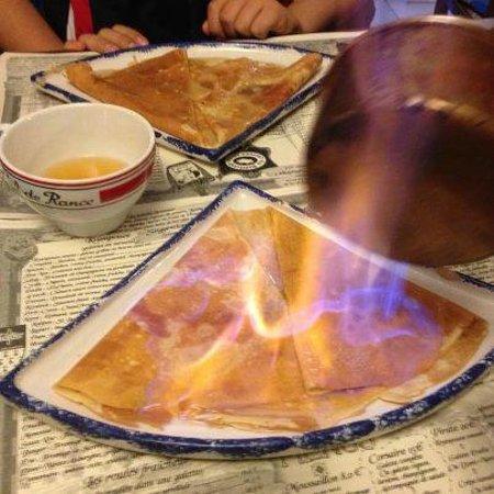 La Belliloise: crêpe flambée