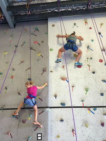 Climbing Naturaliste: Great for adults and children