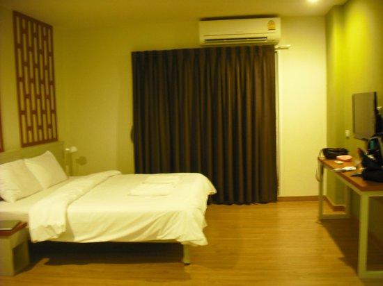 Siamaze Hostel: View from the door