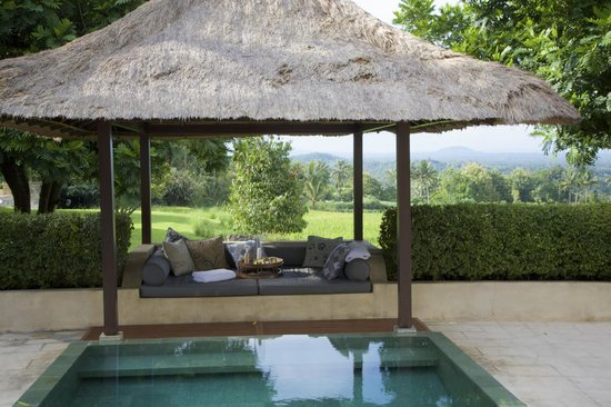 Amanjiwo Resorts : private bale and swimming pool in your suite