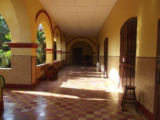El Claustro Hotel House : Hallways