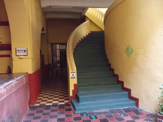 El Claustro Hotel House: Stairs everywhere