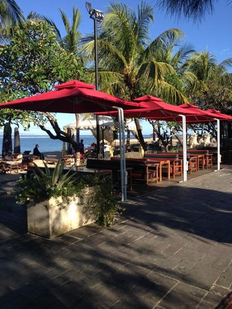 Griya Santrian: Beach Cafe