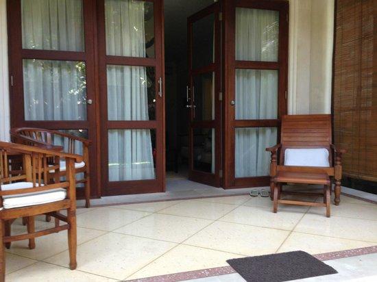 Griya Santrian: Large terrace