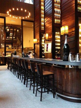 Hilton Sydney : The Glass Brasserie