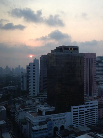 Le Meridien Bangkok: The view from the room