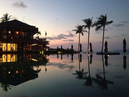 Hansar Samui Resort: Sunset at Hansar Samui