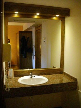 Hotel Remanso: Lavatório do quarto