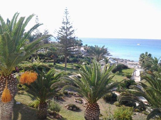 Nissi Beach Resort: номер с видом на море