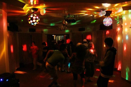 Everest Panorama Resort: In house Discotheque