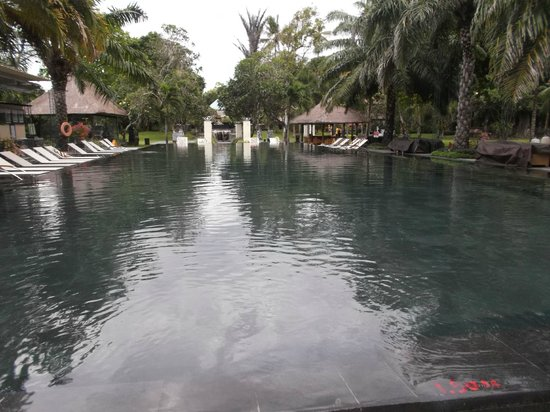 Inna Grand Bali Beach Hotel : Большой бассейн