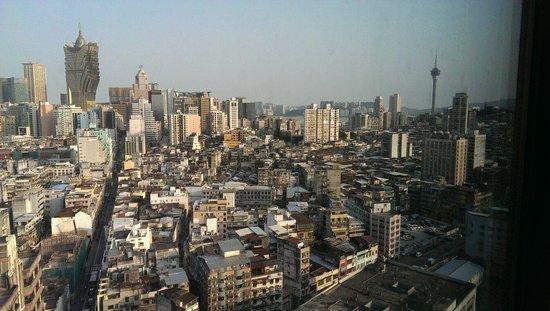 Sofitel Macau At Ponte 16 : 市景房外的景色
